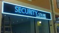 Enseigne boutique security store.Centre commercial Avignon Montfavet, Vaucluse 84