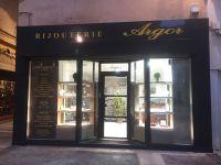 Habillage façade d'une bijouterie Avignon Centre 84000